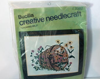 Vintage Bucilla Creative Needlecraft kit 2382 Growing Wild Sealed