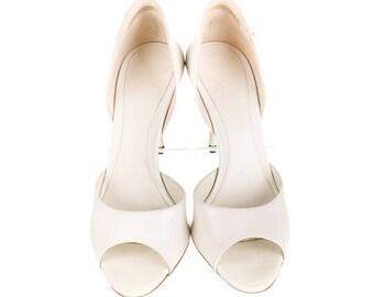 Authentic Gucci d'Orsay Pumps shoes size 8 IT 38