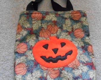 Halloween trick ro treat gift bag