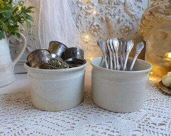 Set of 2 Antique french ironstone jam pots. Tea stained ironstone preserves jar. Antique stoneware. Jeanne d'Arc living. Nordic living decor