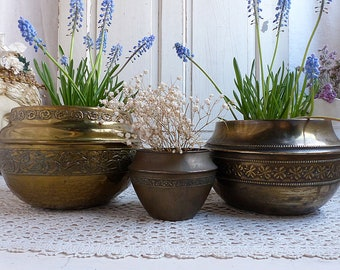 Set of 3 antique french brass flower pots. Plant pots. Tarnished brass garden pots. Brass sculpted pots. Shabby Rustic farmhouse