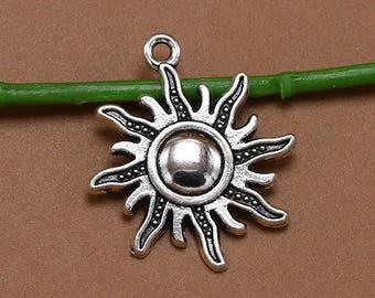 15pcs  25x28mm Ancient Silver pendant necklace sun Base Charms