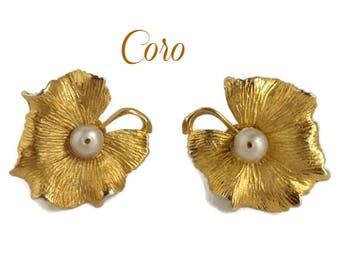Coro Gold Tone Flower Earrings, Vintage Faux Pearl Screw Back Earrings, FREE SHIPPING