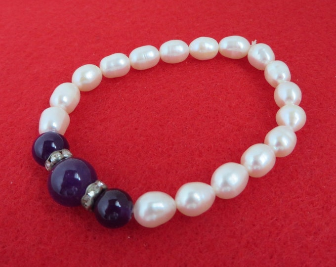 Vintage Pearl Stretch Bracelet, Purple Bead, Rhinestone Bracelet