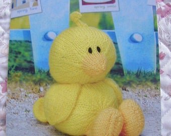 Duck duck Knitting Pattern In DK