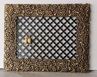 Earring hanger, Mini jewelry holder,  Earring display wall, Jewelry hanger, Earring organizer, Wall earring holder, Jewelry organizer wall
