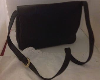 Q030 Giani Bernini purse black leather Snap closure,4 compartments