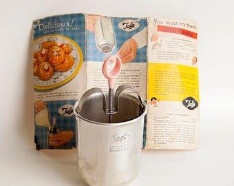 Vintage Retro 1950s TALA Donut Doughnut Maker Syringe Pink Handle & Original Box