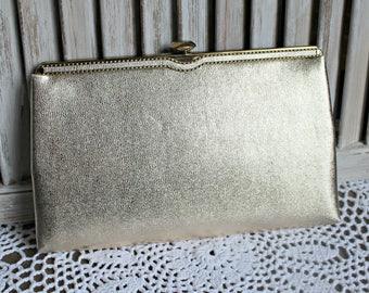 Vintage. Ande. Gold. Clutch. Evening handbag. Cute bag! 1960s.