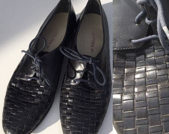Size 8 Black Woven Loafers Ladies Lace Up Oxfords Leather