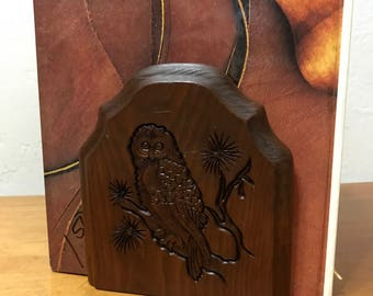 Vintage Wooden Owl Bookends - 1970's Owl Bookends - Carved Owl Bookends