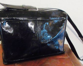 Vintage 1980's Black Shiny Patent Leather Handbag MADE In USA By 'SAS' - Lovely!!
