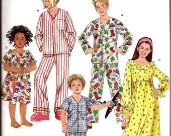 Boy Girl Toddler Child Sleepwear Pajamas Nightgown Sewing Pattern / Simplicity 3987 / Size 3 - 4 - 5 - 6 / UNCUT
