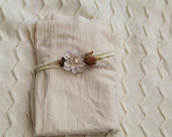 Jersey Stretch Wrap & Flower Tieback 2 Piece SET for Newborn Photo Prop, Cream