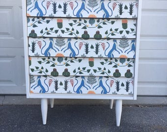Mid century dresser | Beautiful refinished mid-century dresser in white