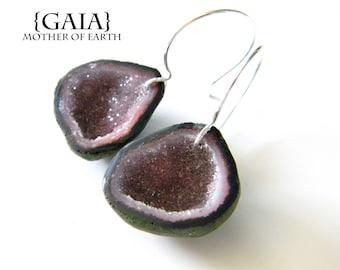 Mini geode earrings, druzy geode earrings, purple-red geodes, tabasco geodes, tobasco geode earrings, boho gypsy jewelry /GAIA
