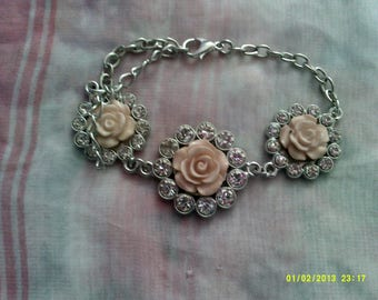 1 Small  Silver Plated Flowered Bracelet for special someone