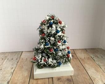 Dollhouse Miniature Christmas Tree