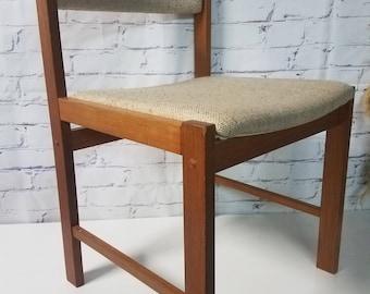 Dscan Mid Century chair