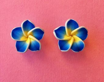 "Fun in the Sun Collection - ""Pretty Plumeria"" Earrings Tiki Hawaiian Themed - Blue and Yellow"