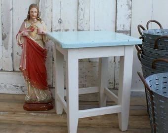Great Small Table / Painted Table / Vintage Table / Painted Furniture / Side  Table / Table