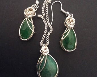 Natural Emeral Necklace and Earring Set, wire wrapped in Sterling Silver