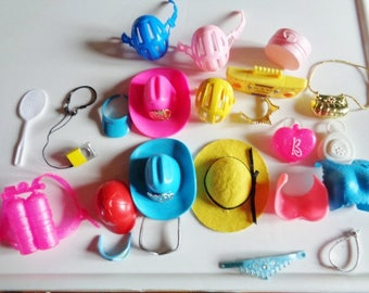 Barbie Doll Accessories Hats / Purses / Shoes / Boots / Skates / Crowns / Walkman And More - Free Shipping