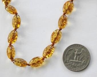 Antique Art Deco Czech. Dimple Bead Flapper Necklace