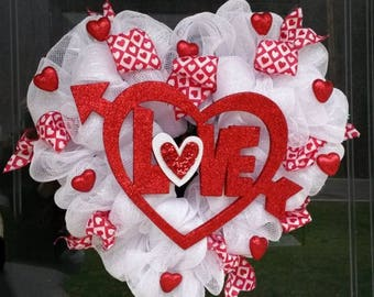 Heart Wreath, Happy Valentine's Day Wreath, Love Wreath, Mesh Ribbon Wreath