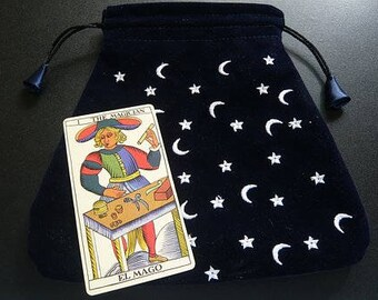 Single-card draw tarot reading. Ask one question!