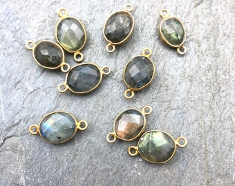 Labradorite Connector, Sterling Silver Labradorite Jewelry, Labradorite Pendant, Labradorite Bezel, Oval Charm, Gemstone Charm INGS31