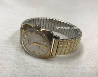Vintage Original Bulova 30 Jewel 10K RGP Self-Winding Good Condition Wrist Watch