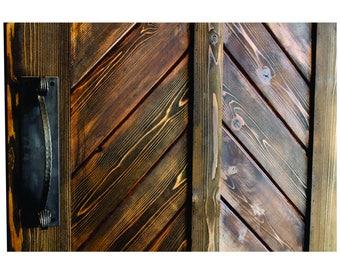 Rustic arch handle