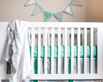 Simply Striking 5 Piece Baby Bedding Set (Bumper Included)