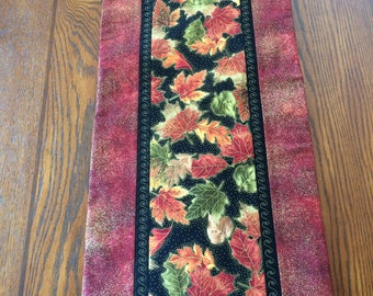 Fall Leaves Table Runner, Autumn, Fall,  Leaves  Red/Metallic Gold Border, Thanksgiving,  Fall Table Decor, Gift Idea