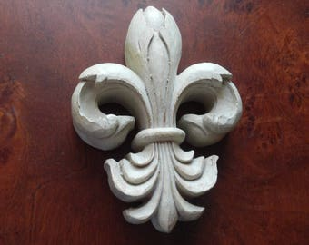 French Country Fleur de Lis Wall Decor!