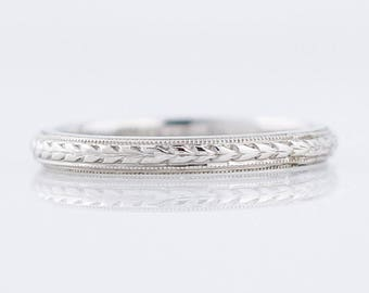 Antique Wedding Band Art Deco Chevron in 18k White Gold