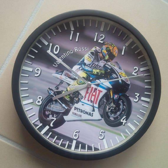 Horloge murale motif moto course grand prix for Prix horloge