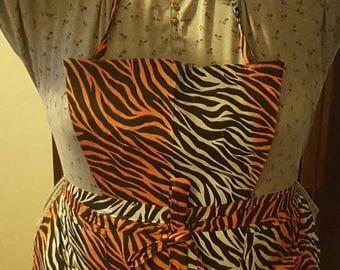 SUMMER SALES EVENT Plus Size Apron, Maternity Apron, Animal Print, African Print Clothing, Tiger Stripe Cotton Apron, Front Ties, One Size F