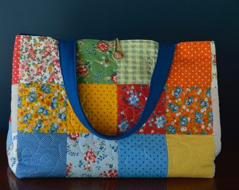 Bright & cheery tote