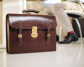 Bridle leather one gusset briefcase