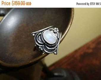 Holiday SALE 85 % OFF Moonstone  Size 8 Ring Gemstone 925 Sterling Silver
