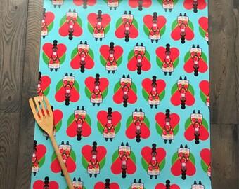 Manushka and Hearts Gift Wrap