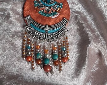boho necklace earthy copper metal rhinestones and resin toy