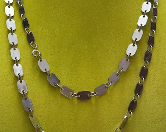 Vintage 1970 silver tone 50 inch  long dog tag link flapper necklace