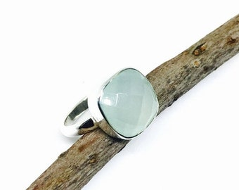 10% Sea green chalcedony ring set in Sterling silver 925. Natural authentic stone. Size - 7.