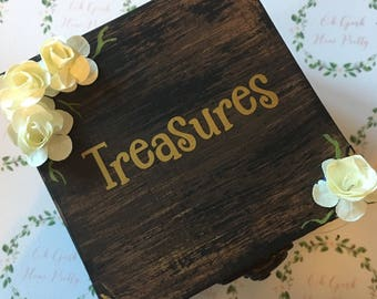 Treasures and Trinkets woodland themed jewellery boxes 9cm