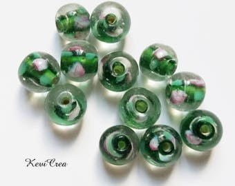 glass beads 12 x transparent green inclusion