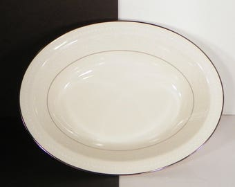 "Noritake SORRENTO Oval Vegetable Bowl 10"" Retired White Flowers"