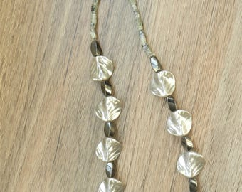 Silver and Grey Necklace A12666